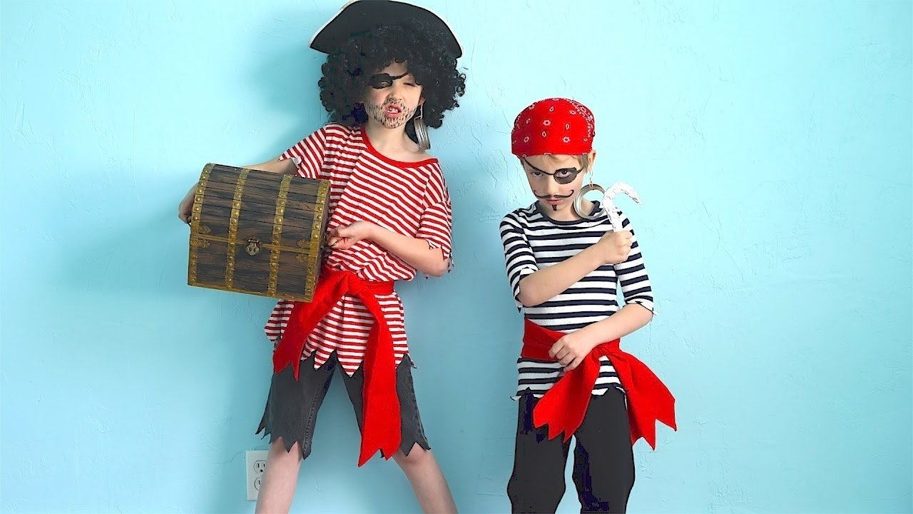 10 Attractive Homemade Pirate Costume Ideas For Kids how to make pirate costumes quick and easy youtube