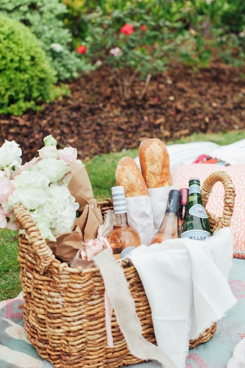 10 Stylish Romantic Picnic Ideas For Him how to picnic like an event planner picnics create and summer