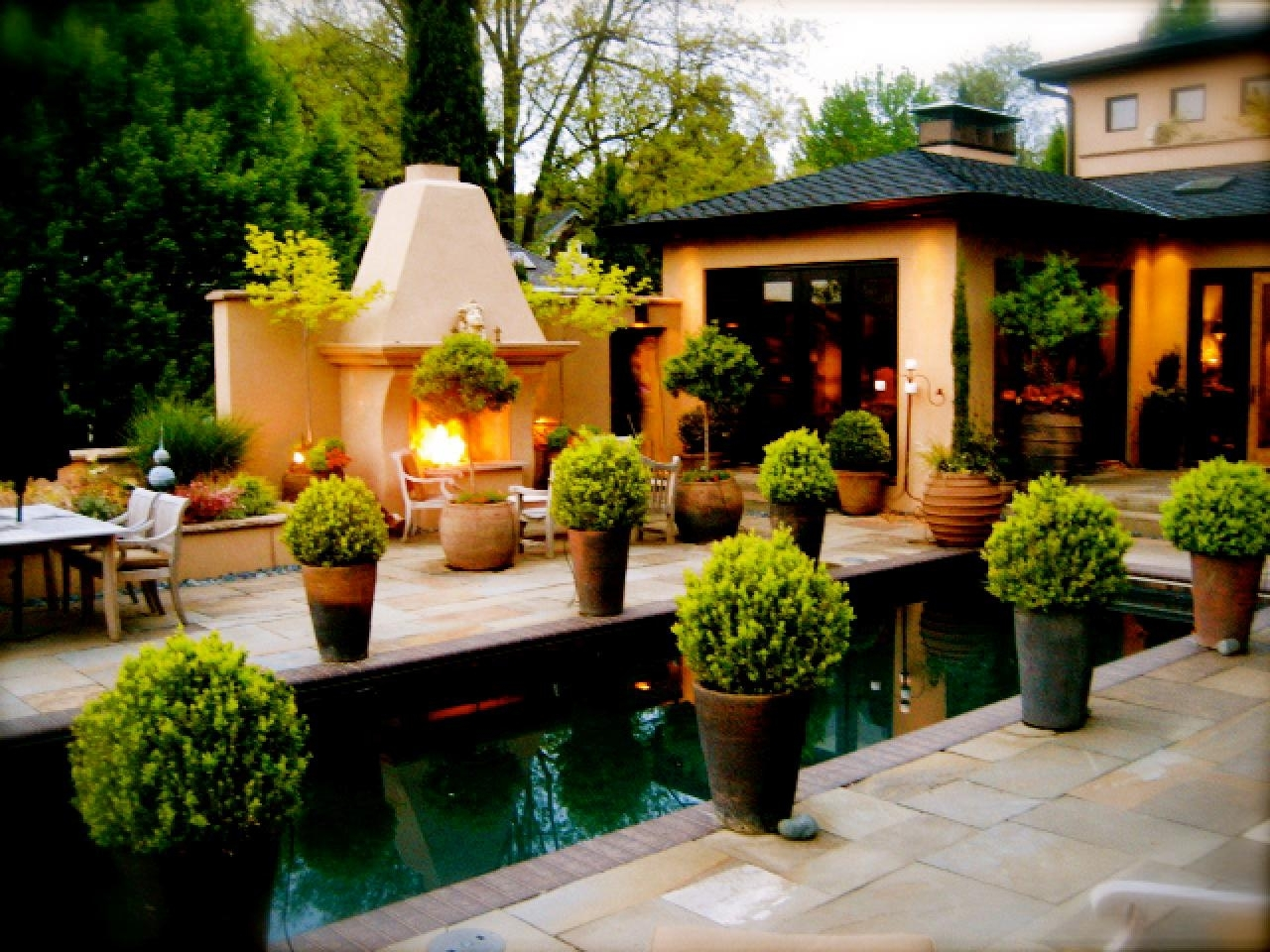 10 Nice Flower Pot Ideas For Patio %name 2020