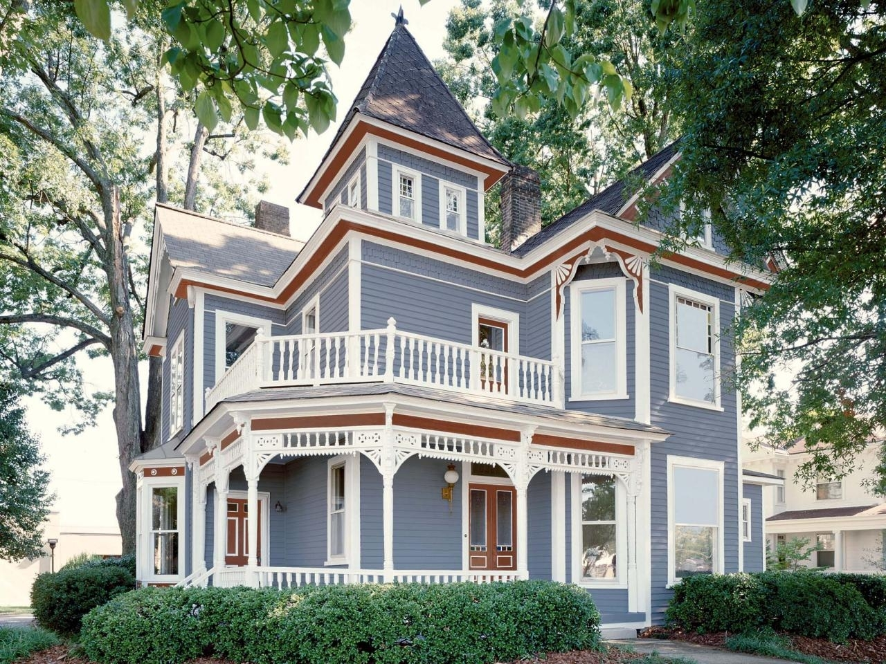 10 Attractive Exterior House Paint Ideas Pictures %name 2020
