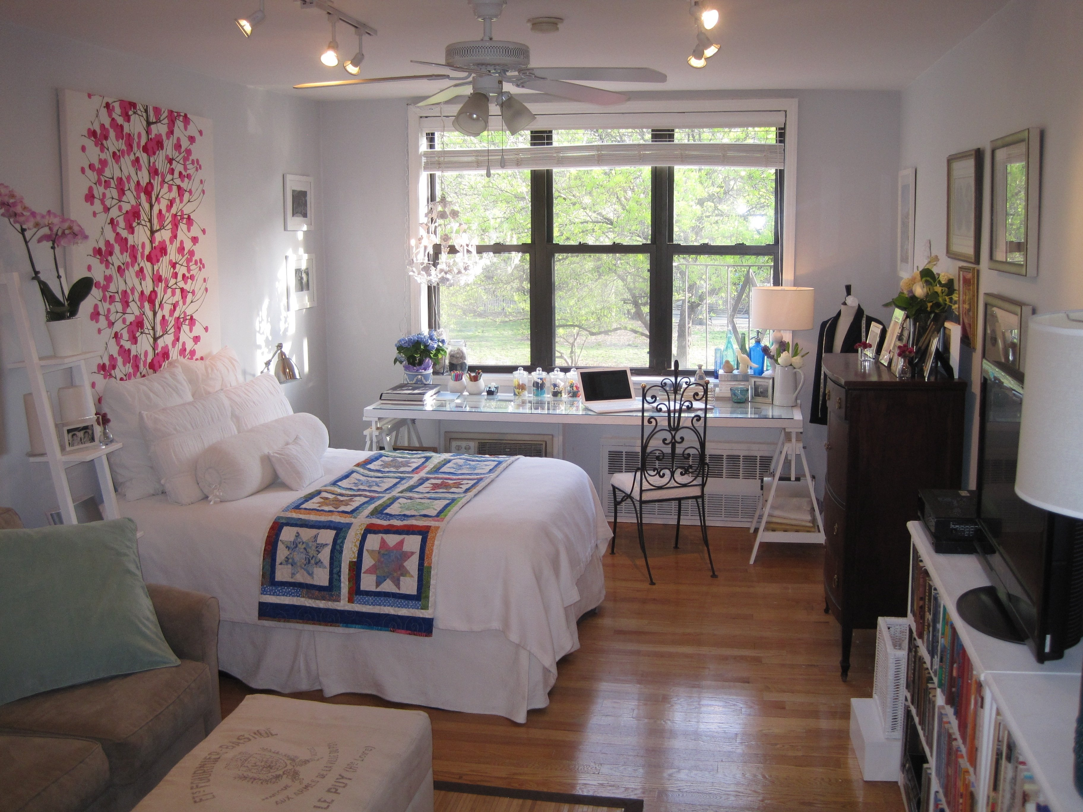 10 Ideal Small Studio Apartment Decorating Ideas ideas about small apartment layout on pinterest apartments and floor 2020