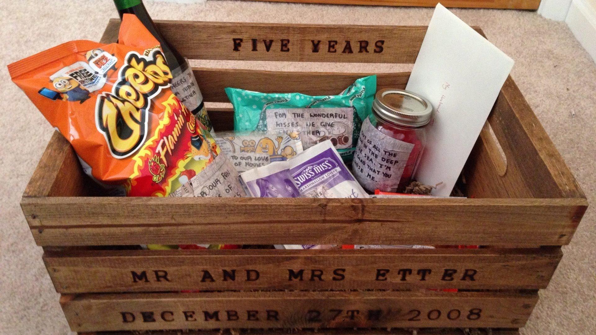 10 Attractive 6 Year Wedding Anniversary Gift Ideas
