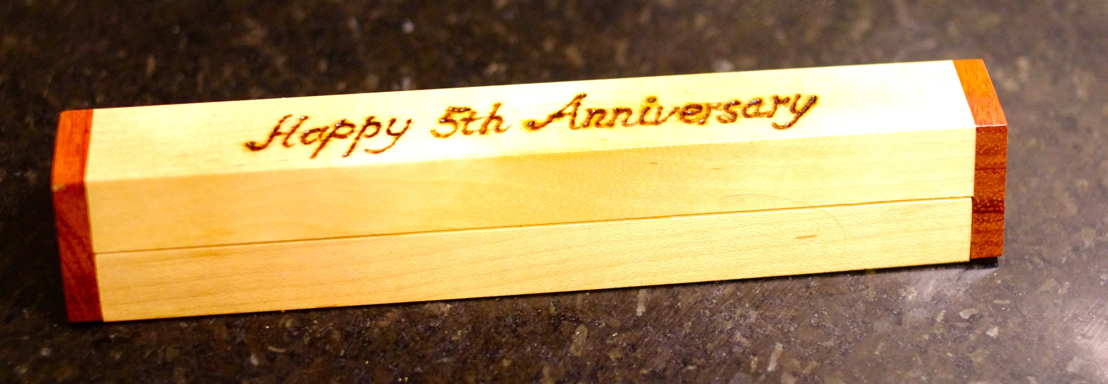 10 Fabulous 5th Anniversary Gift Ideas For Husband