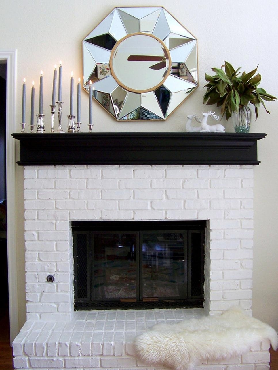 10 Spectacular Decorating Ideas For Fireplace Mantel %name 2020