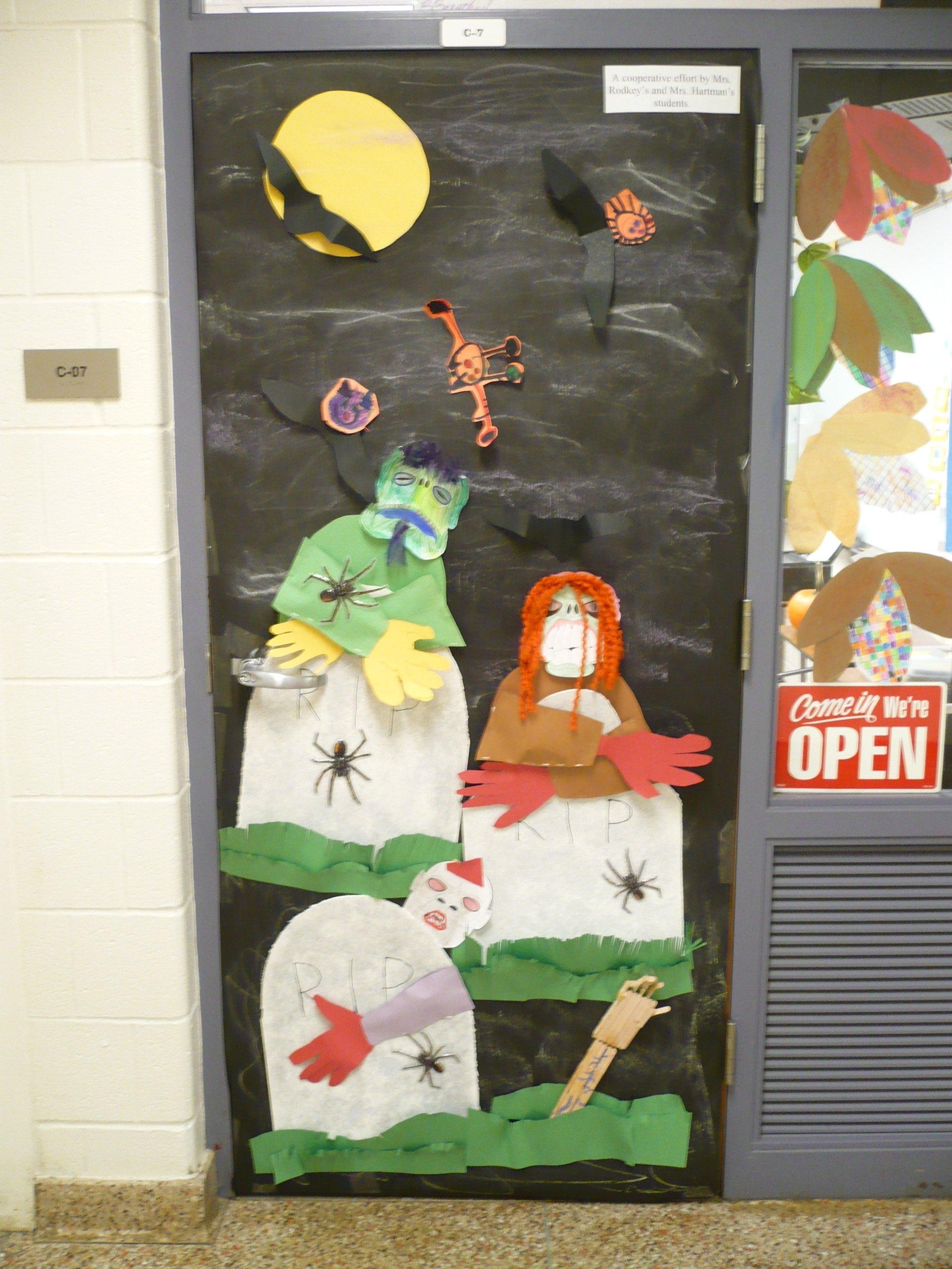 10 Fabulous Halloween Door Decorating Contest Ideas ideas for halloween door decorating contest images loversiq 2020