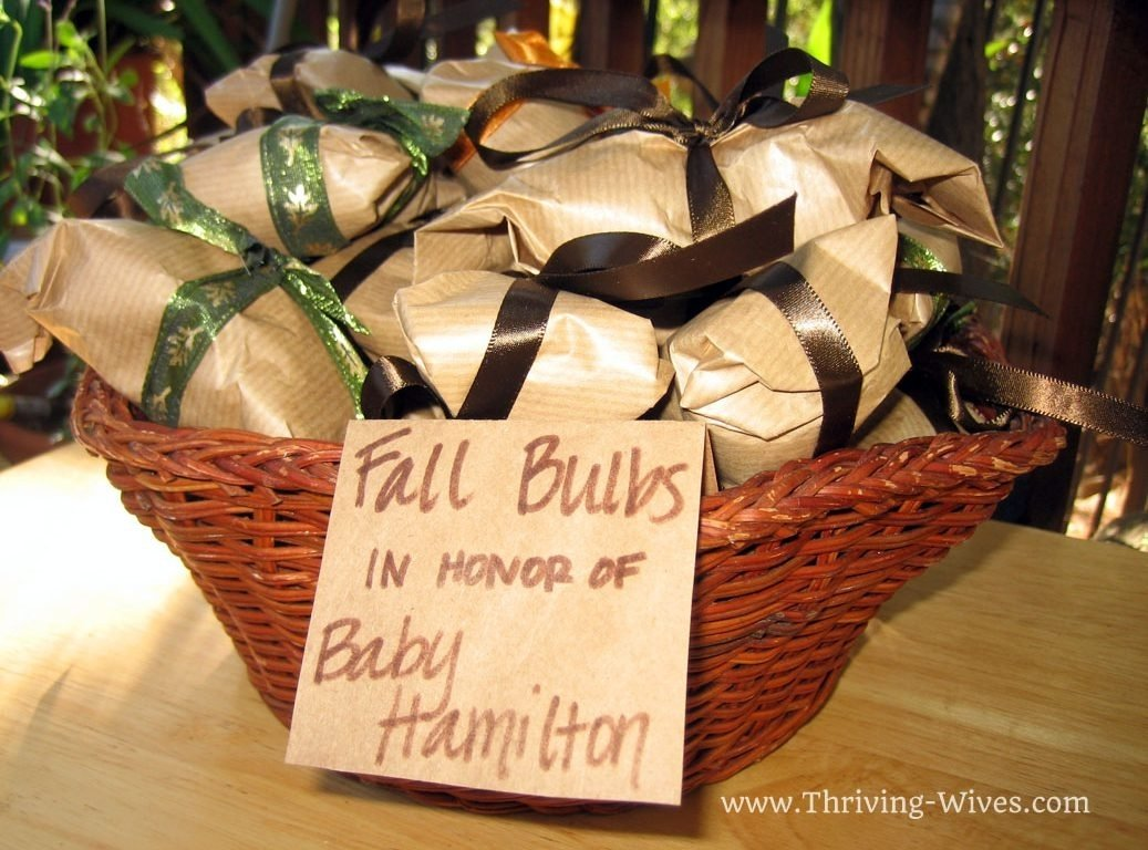 10 Perfect Non Traditional Baby Shower Ideas ideas incredible non traditional baby shower chic showers gold q 2021
