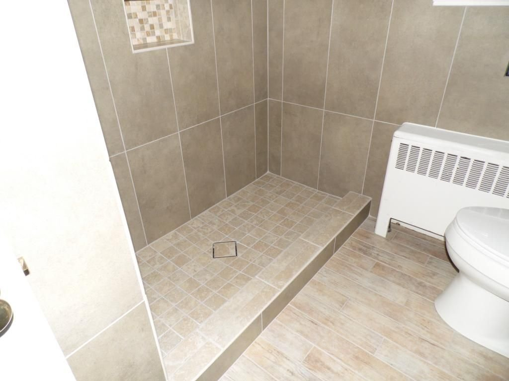 10 Great Small Bathroom Floor Tile Ideas ideas small bathroom flooring floor tile for porcelain tiles decor 2020