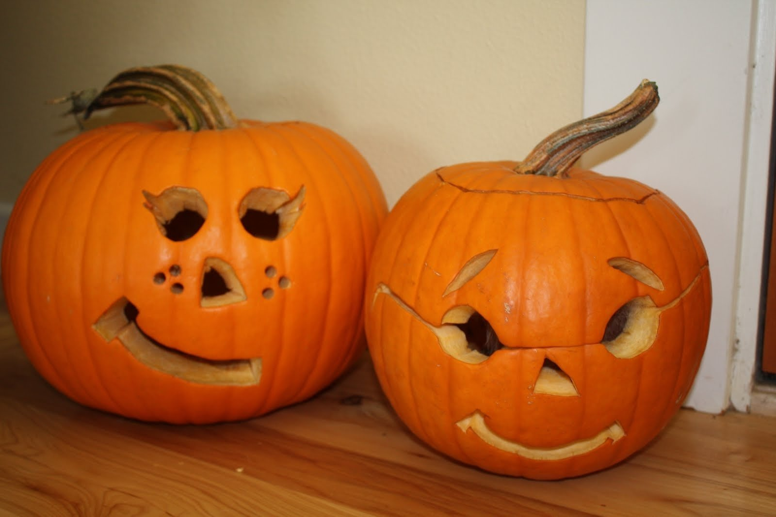 10 Stylish Pumpkin Carving Ideas For Couples ideas spooky halloween pumpkin carving ideas for your home