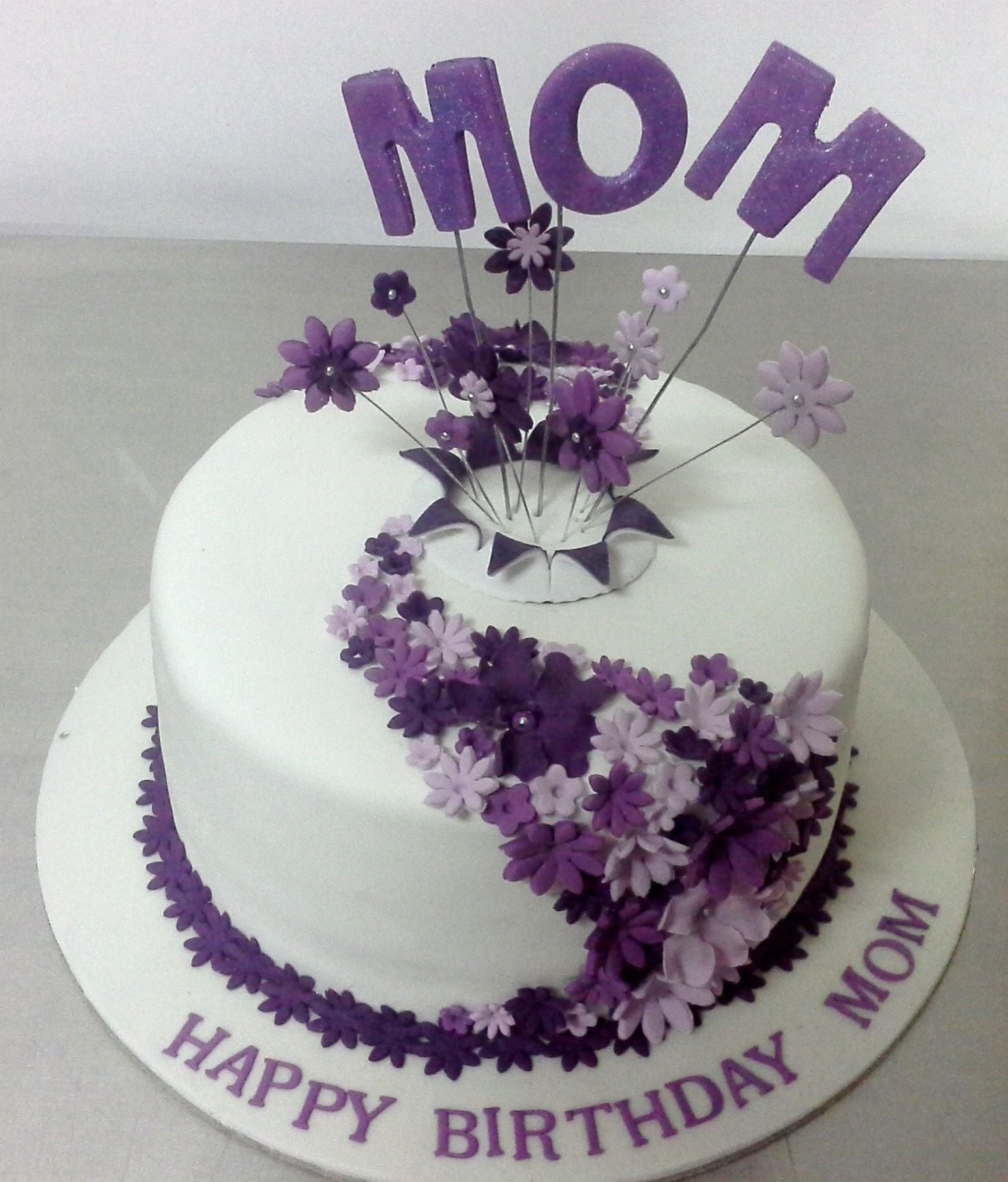 10 Fashionable Birthday Cake Ideas For Mom image result for 60th birthday cake ideas for mom cakes and candy