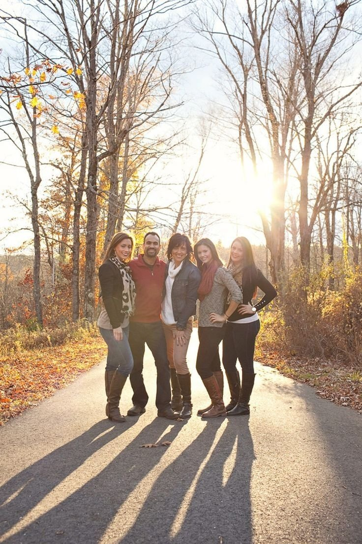10 Trendy Family Photo Ideas With Teenagers image result for family pictures with adult children photography 2020