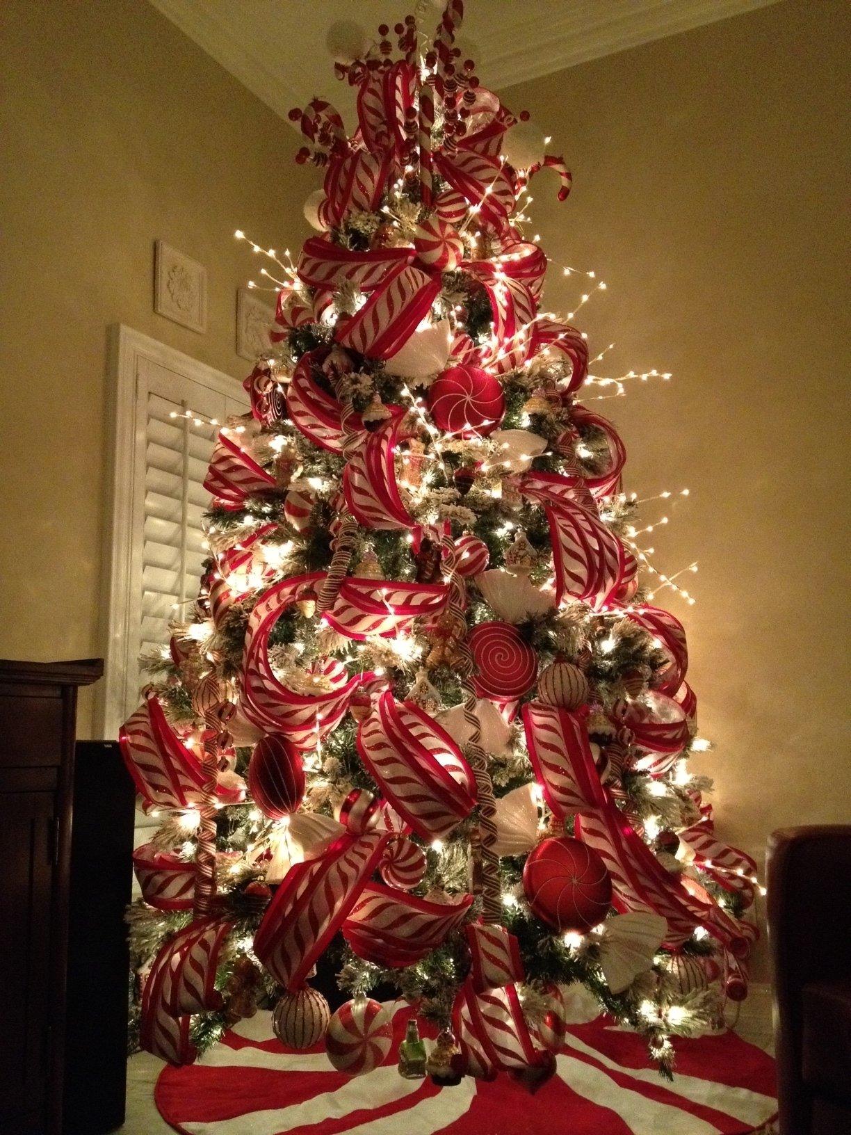 10 Unique Christmas Tree Decorating Ideas For 2012 images about peppermint christmas theme on pinterest candy canes and 2020