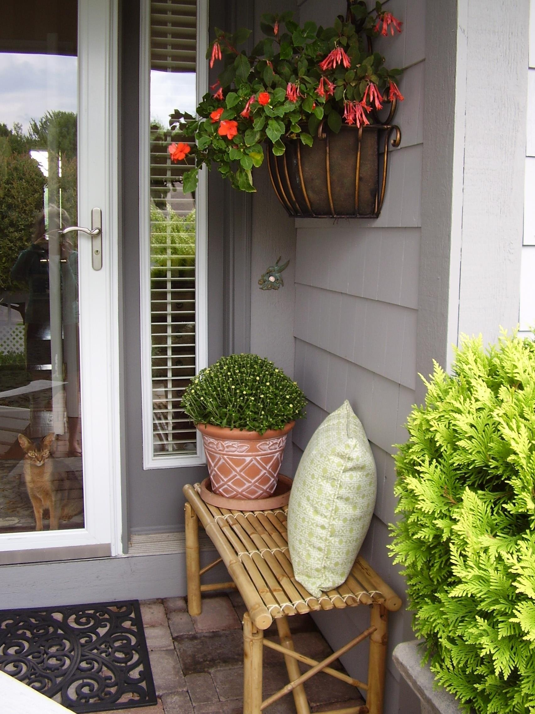 10 Elegant Small Front Porch Decorating Ideas images about small porch welcome fall ideas front trends weinda com 2021