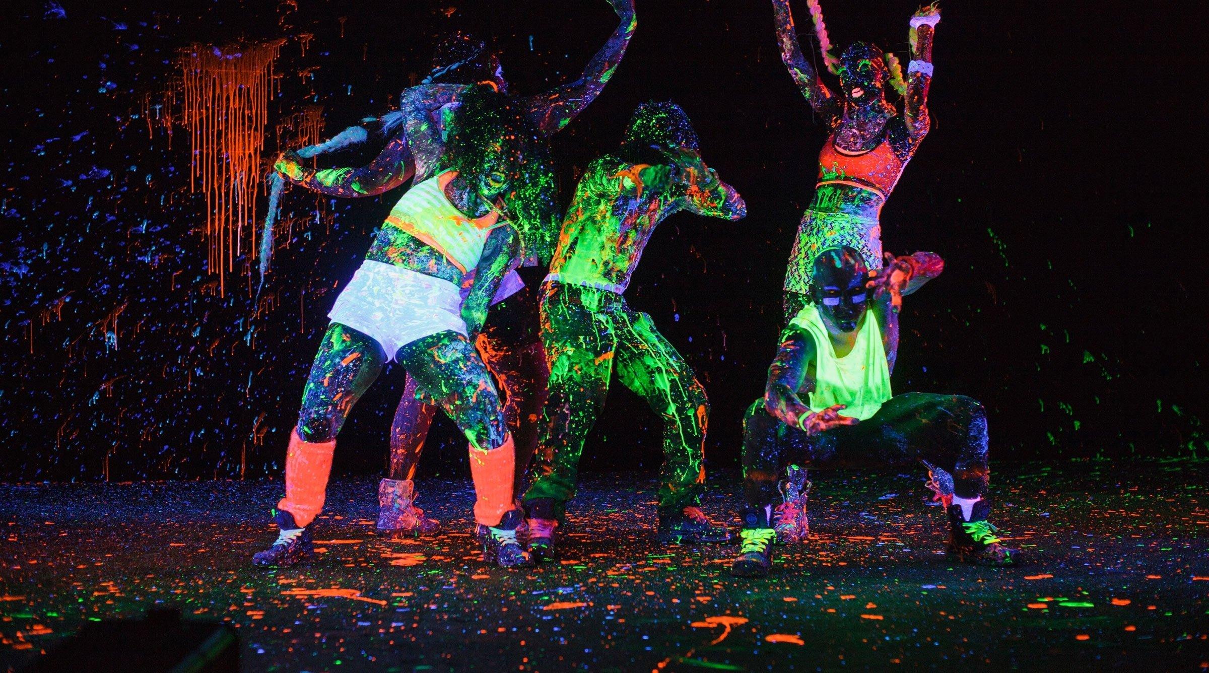 10 Fantastic Glow In The Dark Costume Ideas images for glow in the dark outfit ideas glow in the dark 1
