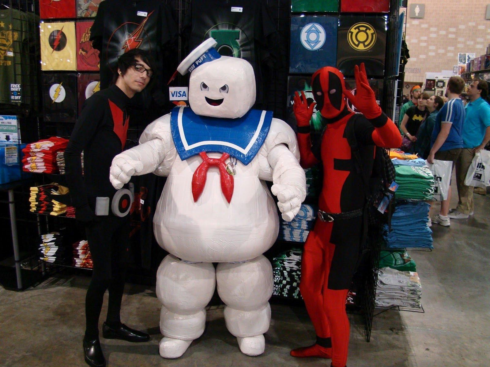 10 Pretty Comic Con Costume Ideas For Guys in the mouth of dorkness wizard world philadelphia comic con 1