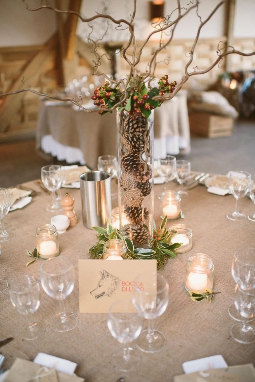 10 Stylish Vintage Wedding Ideas For Fall incridible vintage wedding table decor with pines and berries have 2020