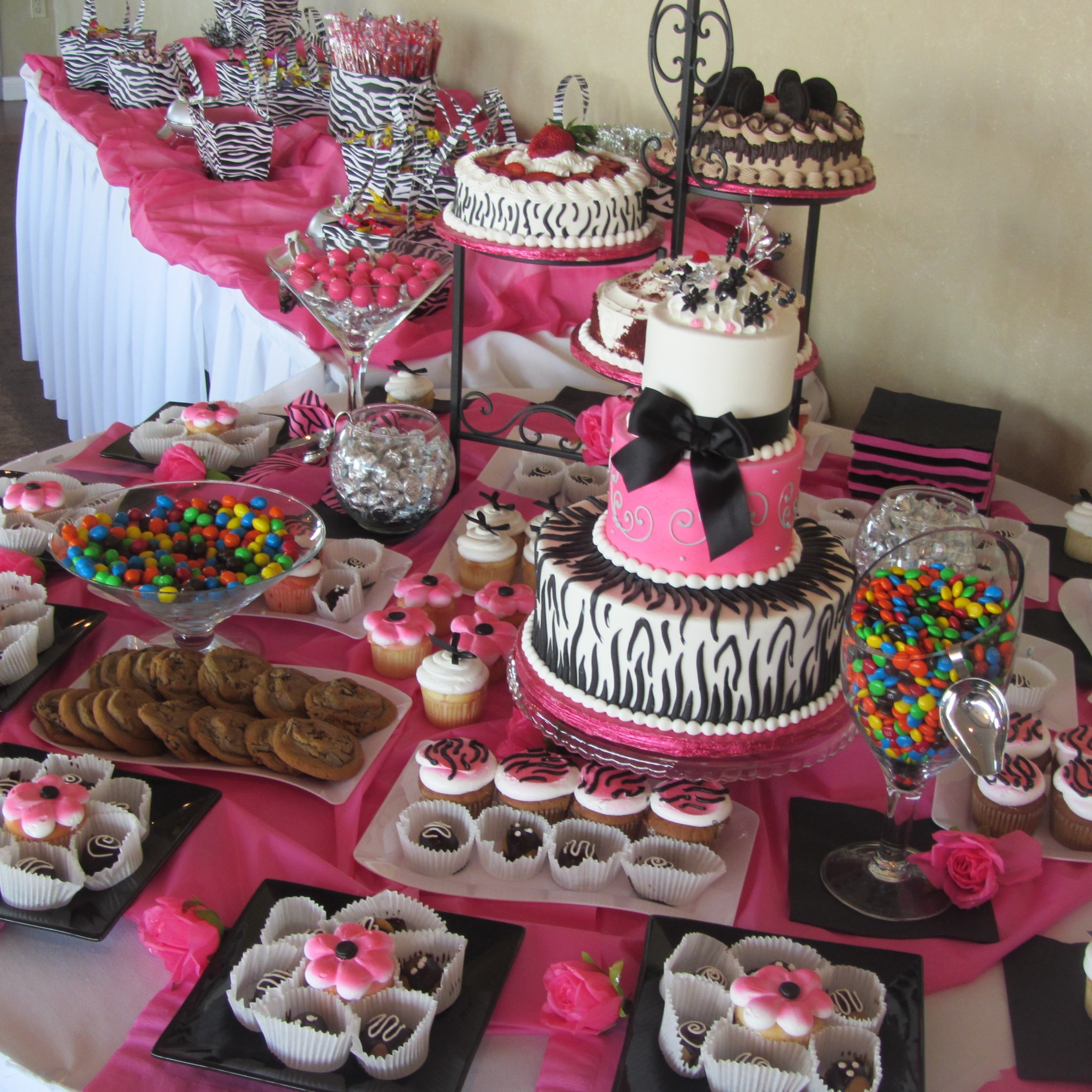 10 Amazing Sweet 16 Table Decoration Ideas inexpensive table decorations chocolate party pink themed wedding 1 2020