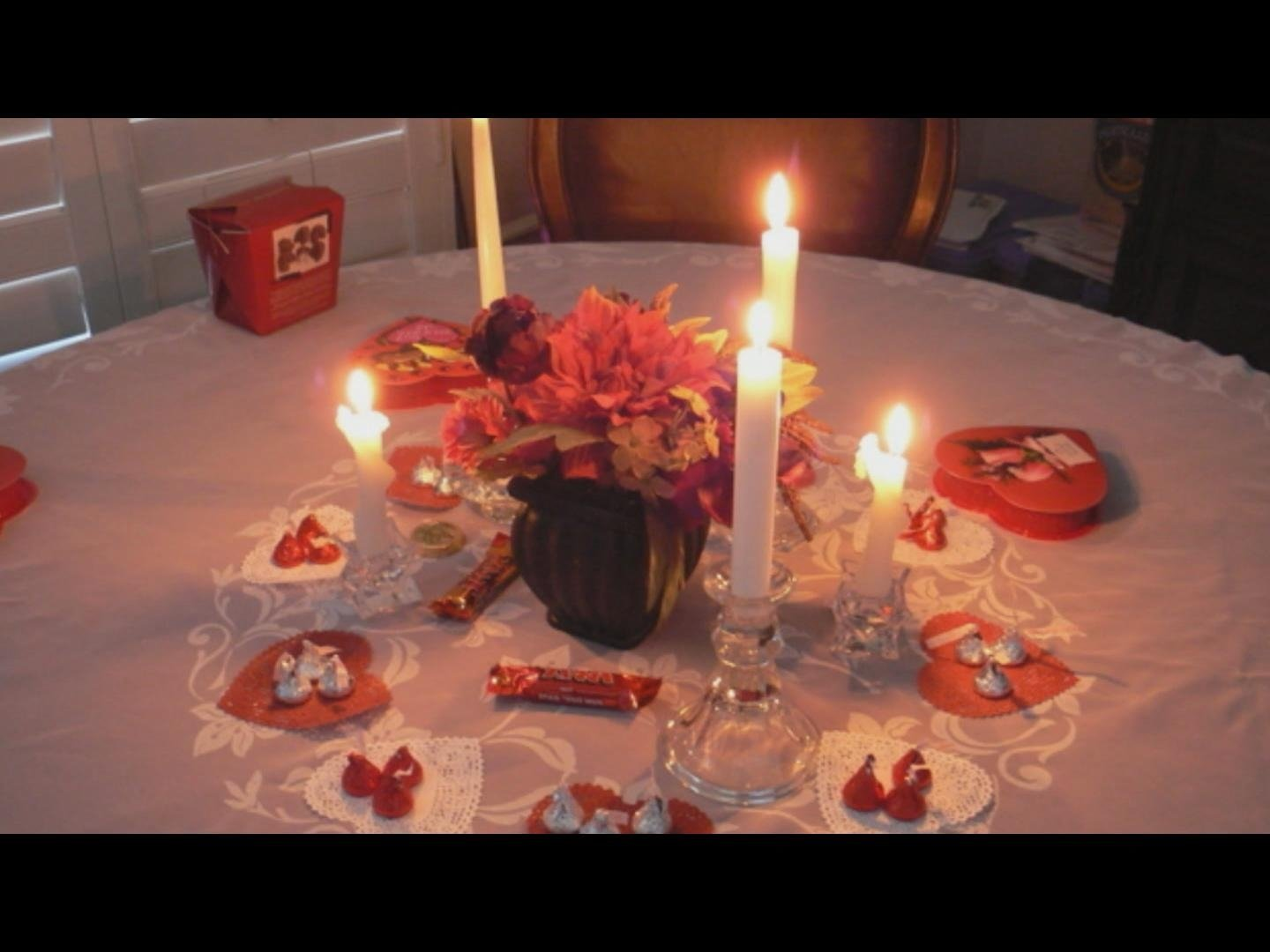 information hub: create a romantic evening at home