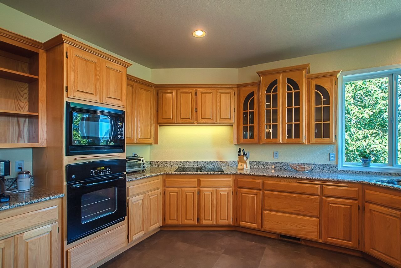 innovative kitchen color ideas with oak cabinets kitchen paint