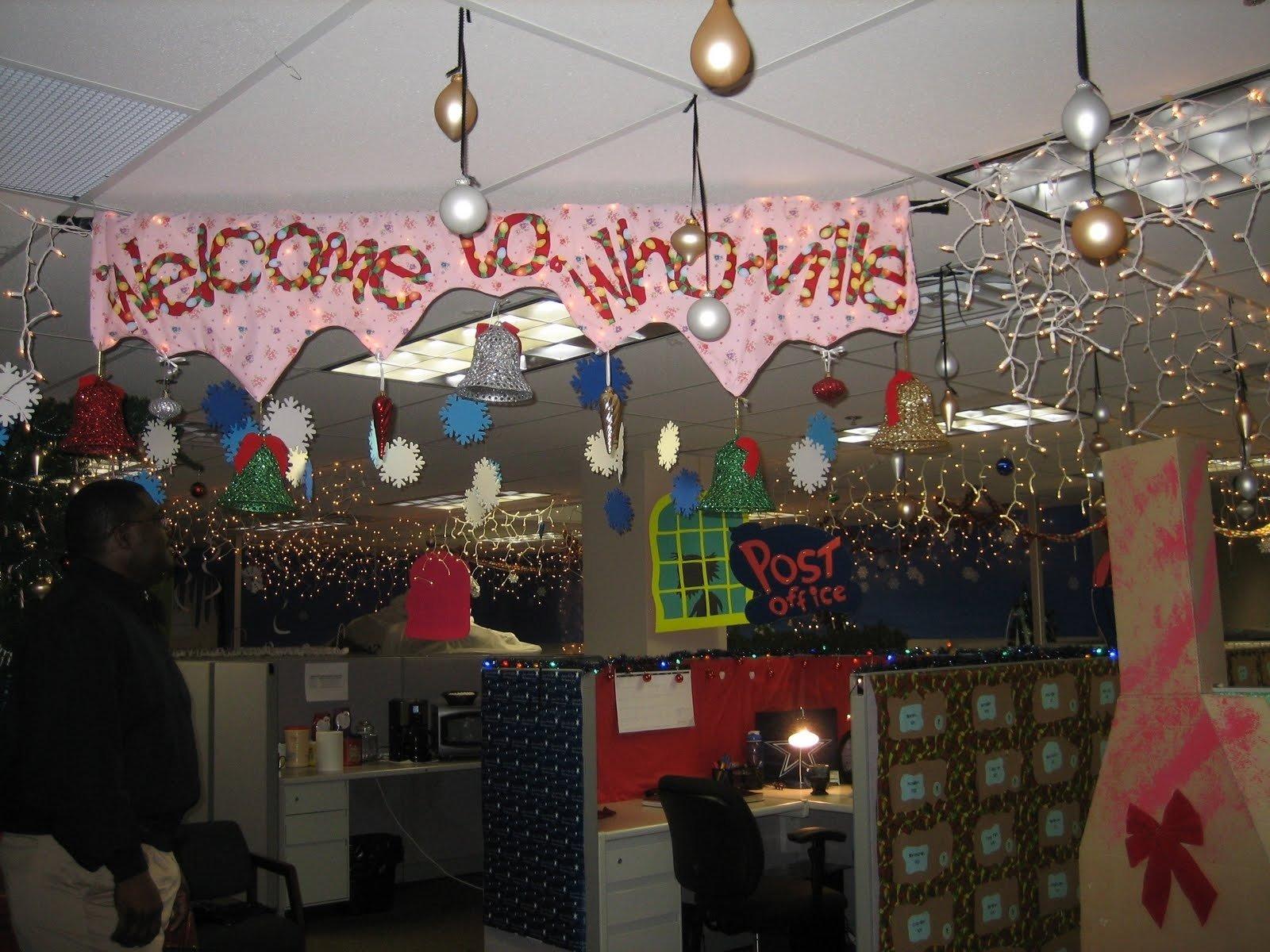 10 Spectacular Office Decorating Ideas For Christmas ivesons christmas office decorating contest home art decor 10837 2021