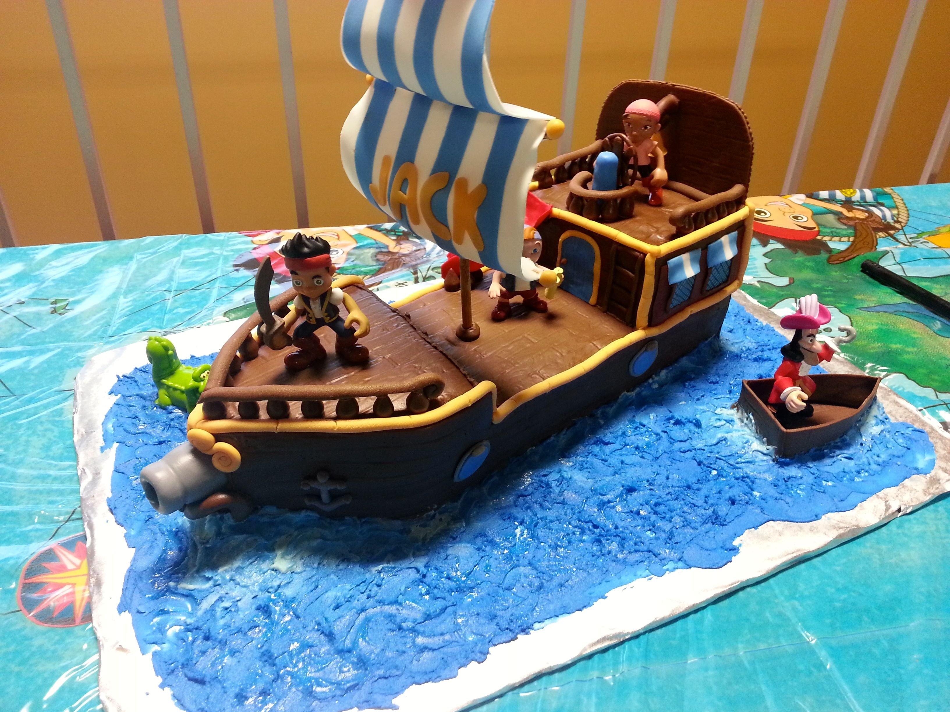 jake and the neverland pirates cake | jake and the neverland pirate