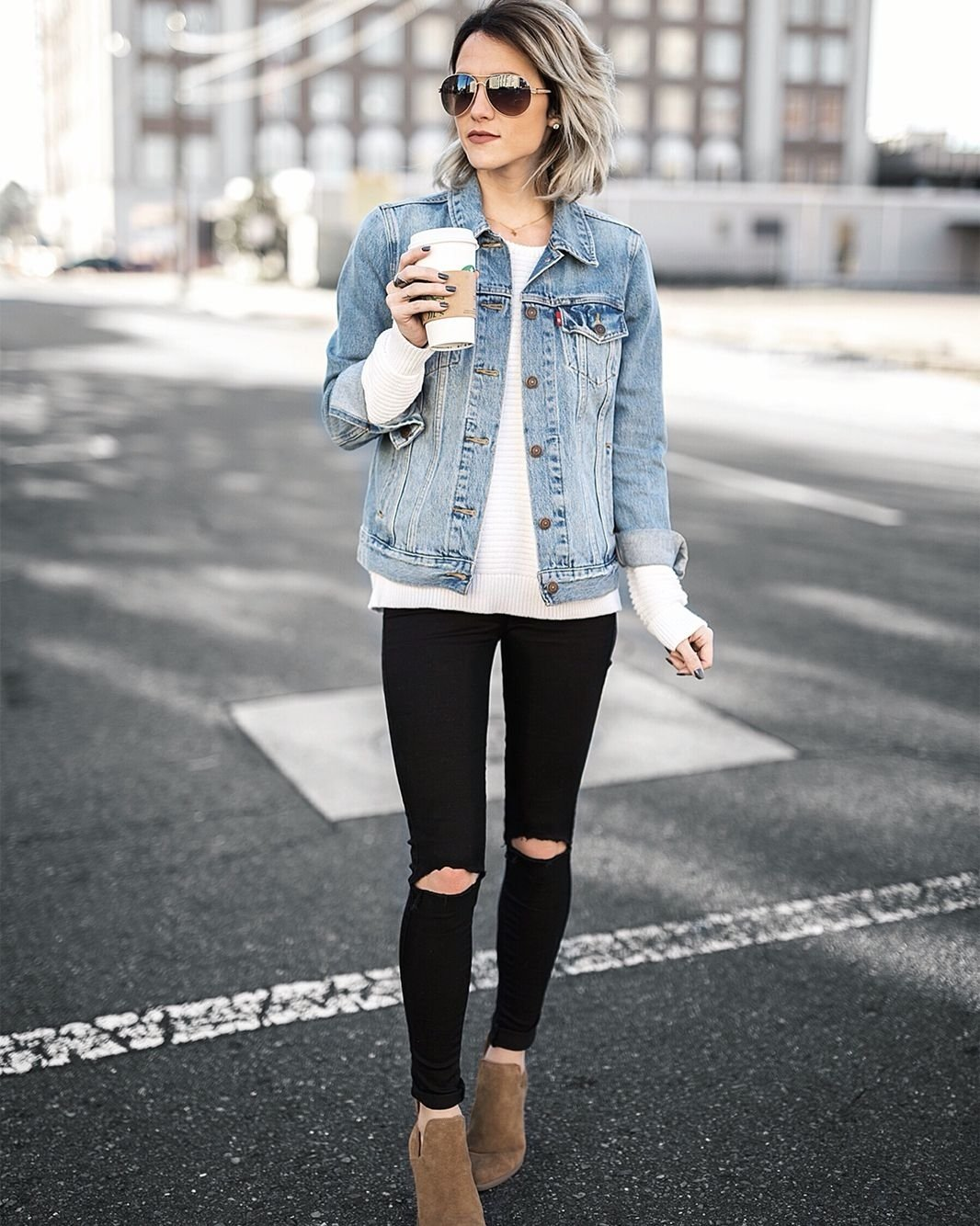 10 Cute Cute Outfit Ideas With Jeans jo kemp womens fashion street style ootd fashion style 2020