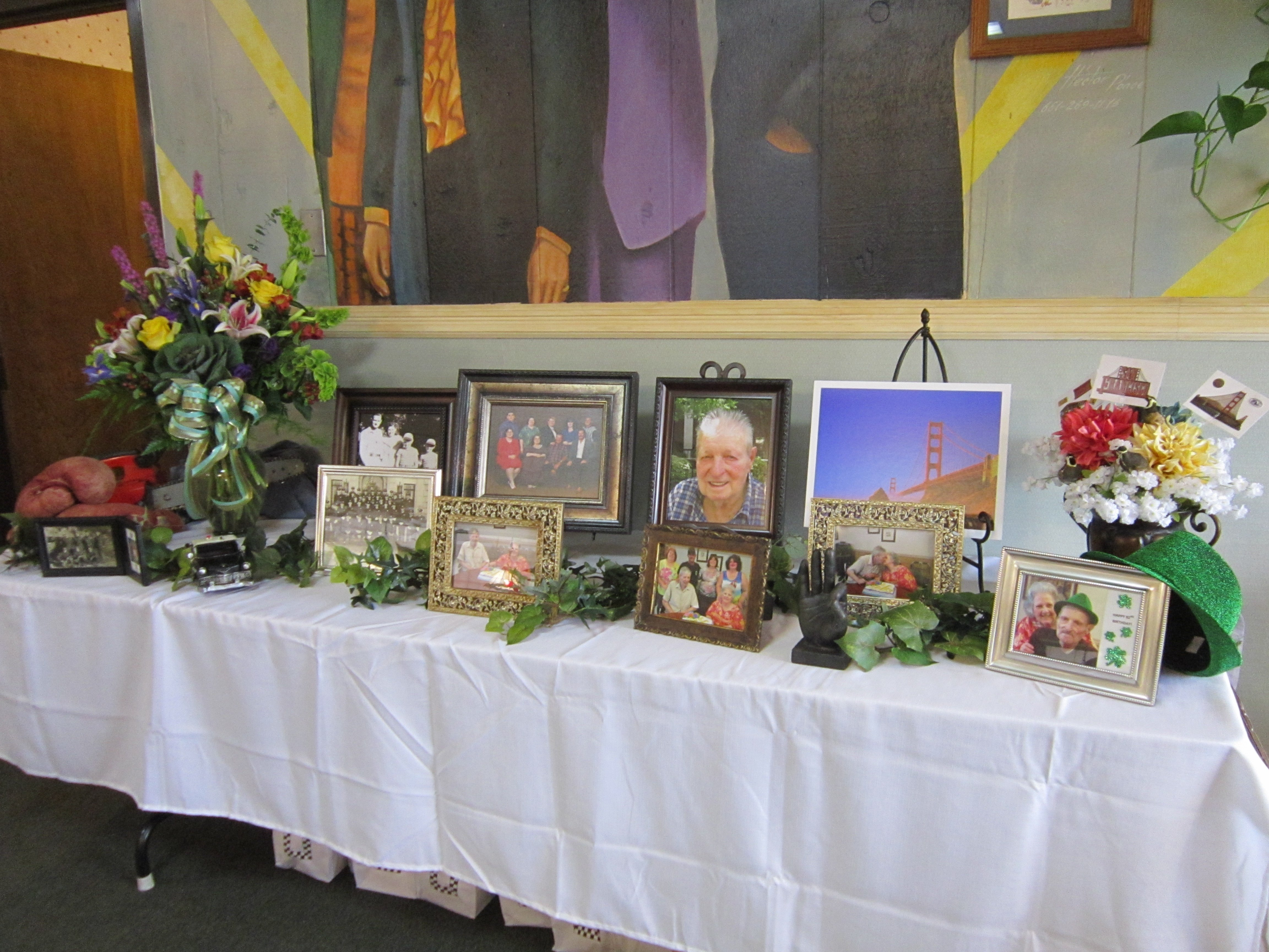 kat wrote: this was the memorial table at my dad's celebration of