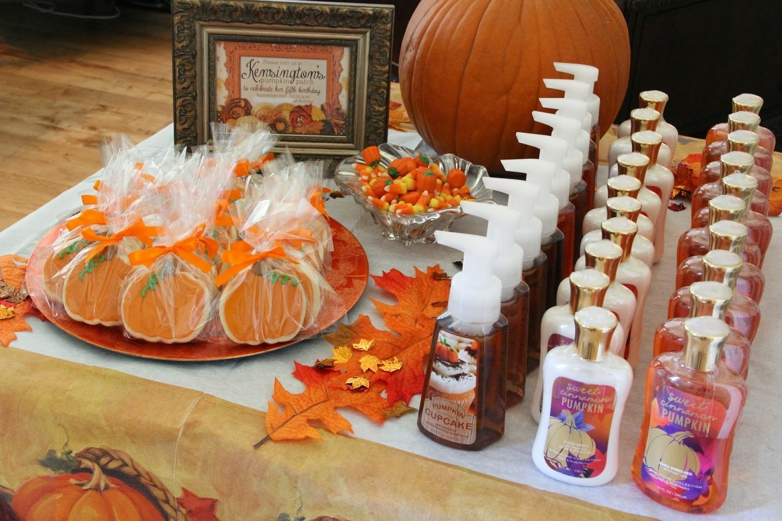 10 Stylish Fall First Birthday Party Ideas kensingtons pumpkin patch mix and match mama 1