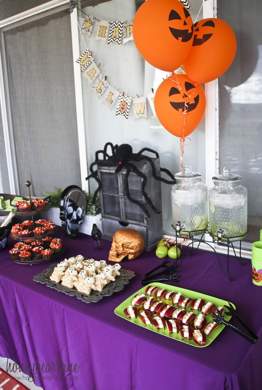 kids halloween party ideas - honeybear lane