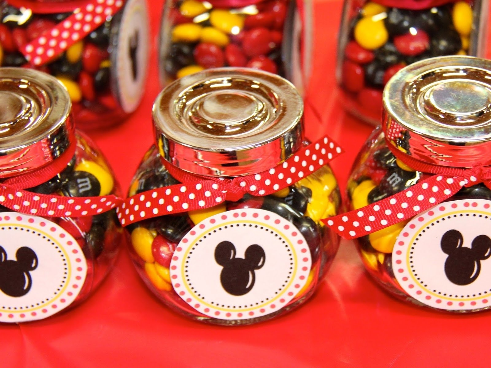 kids party ideas: mickey mouse themed first birthday | basil and chaise