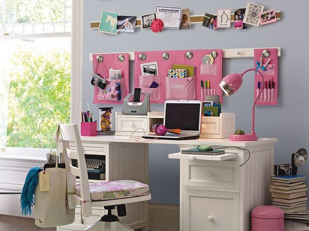 10 Stylish Storage Ideas For Kids Rooms %name 2020