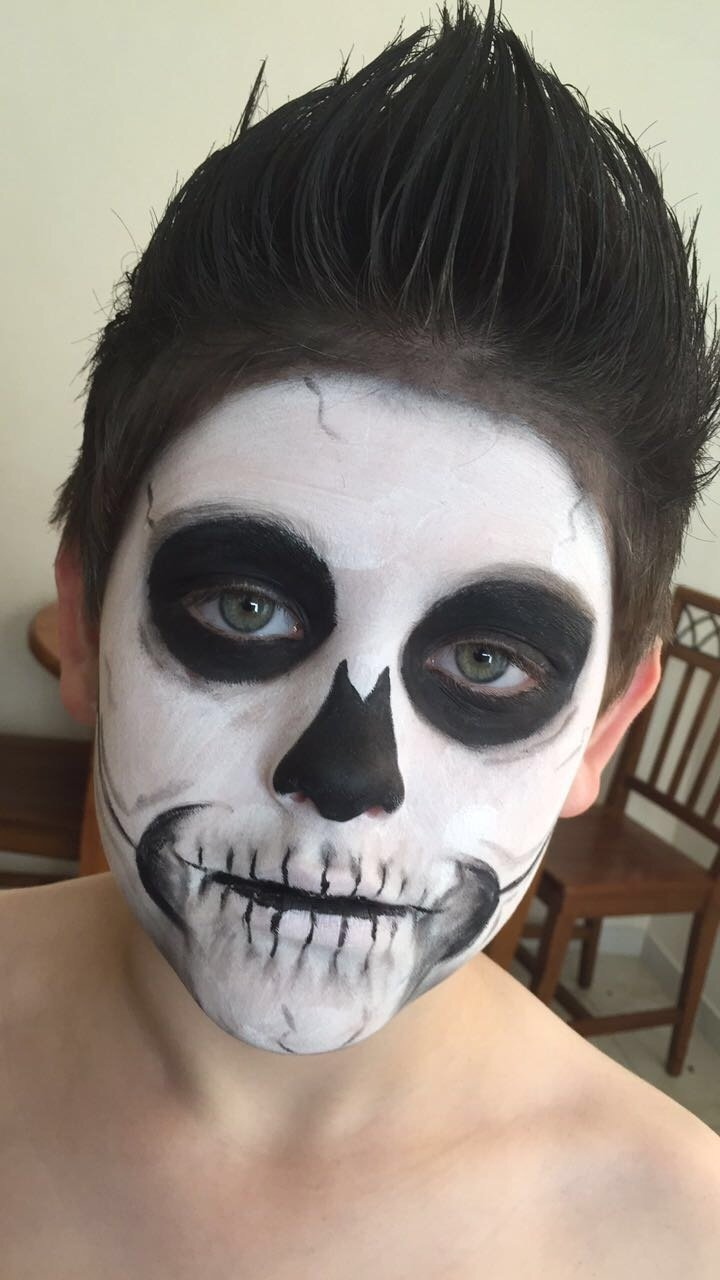 10 Fantastic Kids Halloween Face Painting Ideas kids skeleton face paint for halloween skeleton costume kids