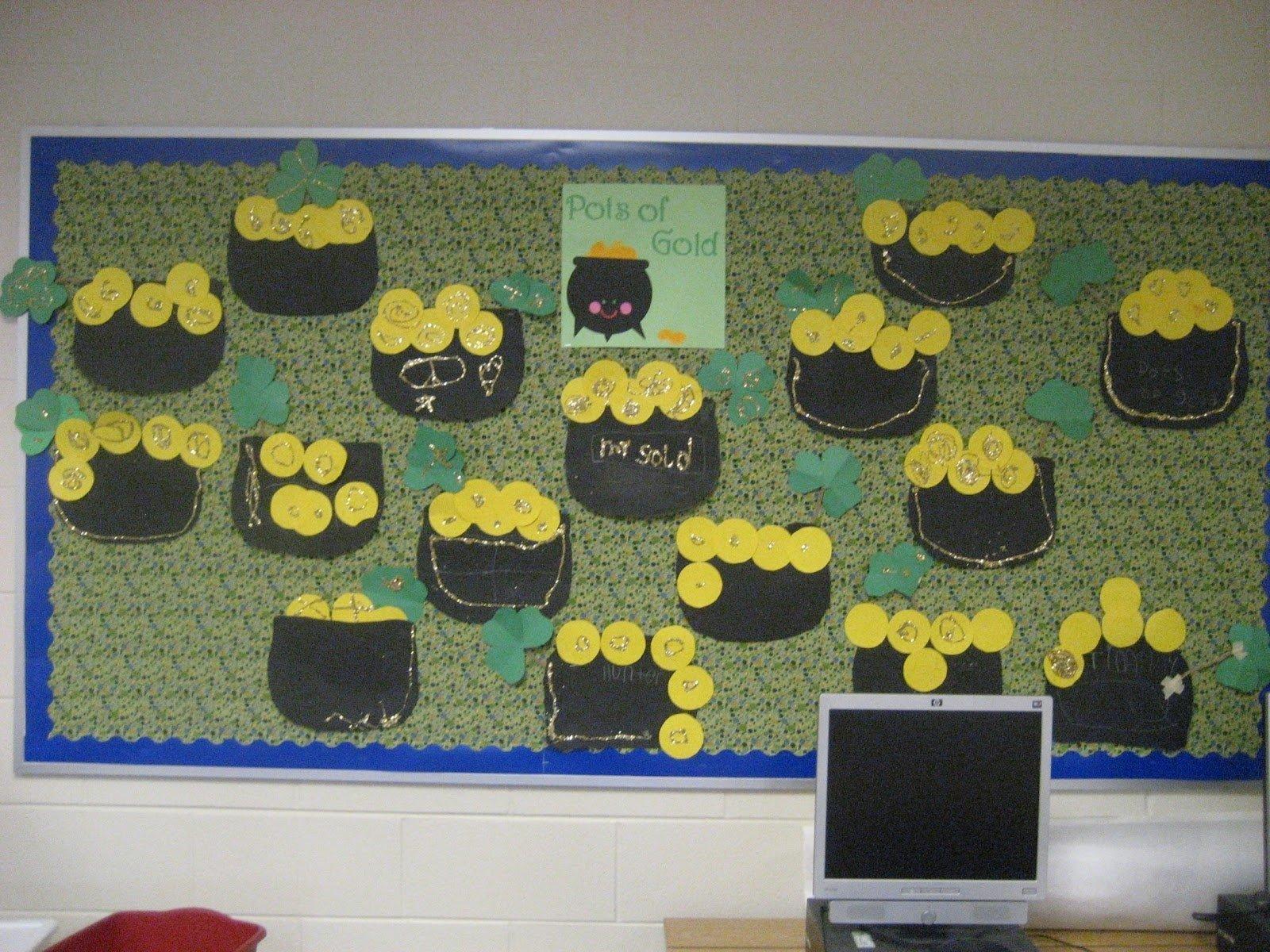 10 Amazing St Patrick Day Bulletin Board Ideas kinder doodles pots of gold bulletin board