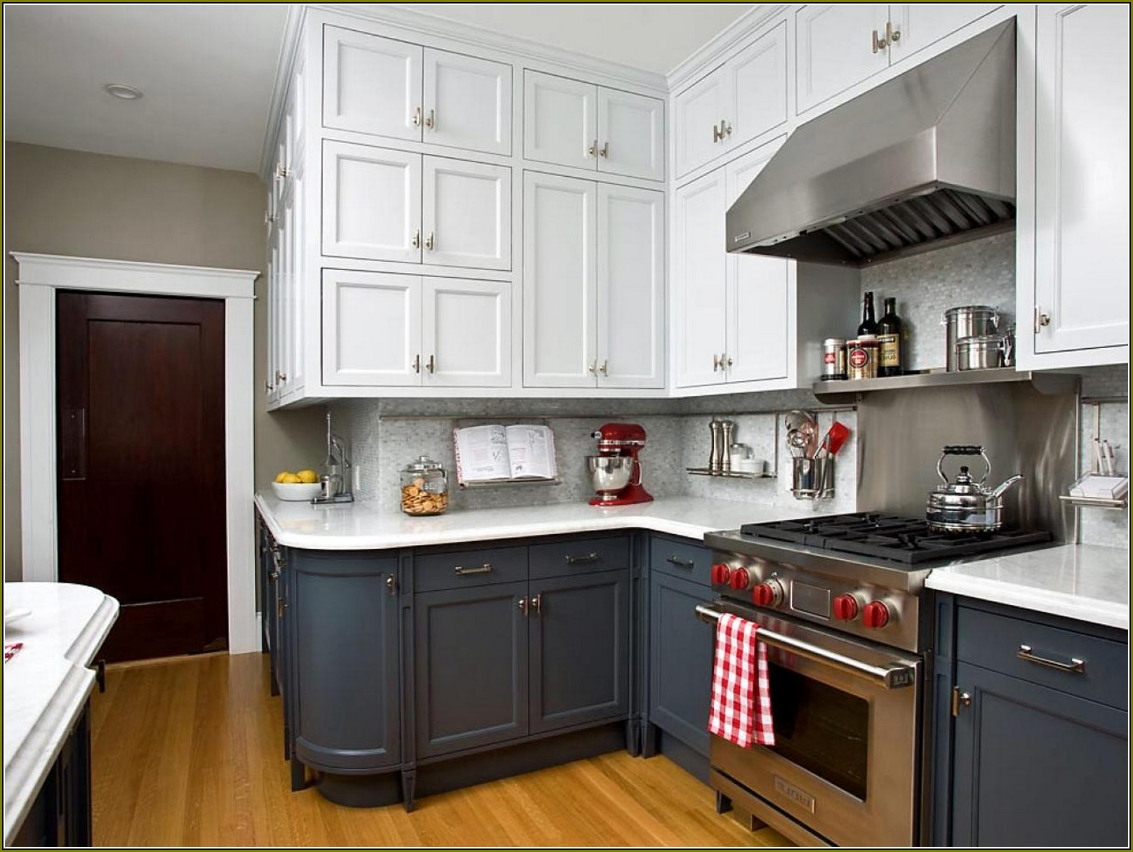 10 Stunning Ideas For Kitchen Cabinet Colors kitchen cabinets color combination oak wood the chocolate home