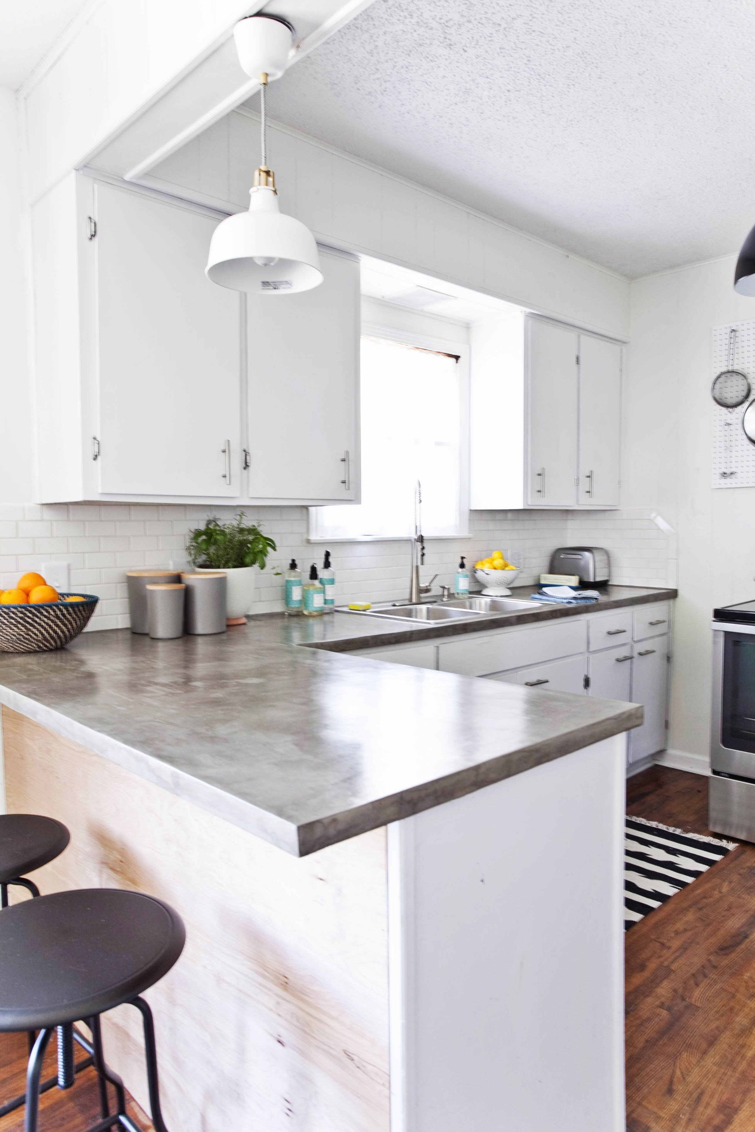 10 Spectacular Kitchen Countertop Ideas With White Cabinets kitchen countertop ideas with white cabinets imagestc 2020