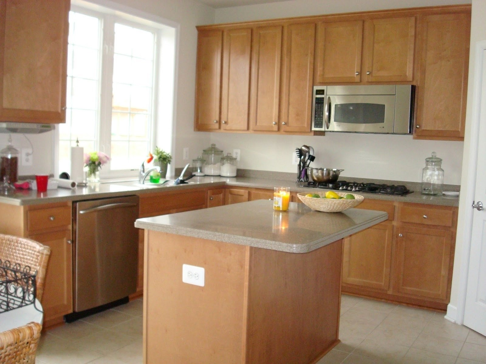 10 Lovable Kitchen Color Ideas With Maple Cabinets kitchen kitchen color ideas with maple cabinets food kitchen 2020