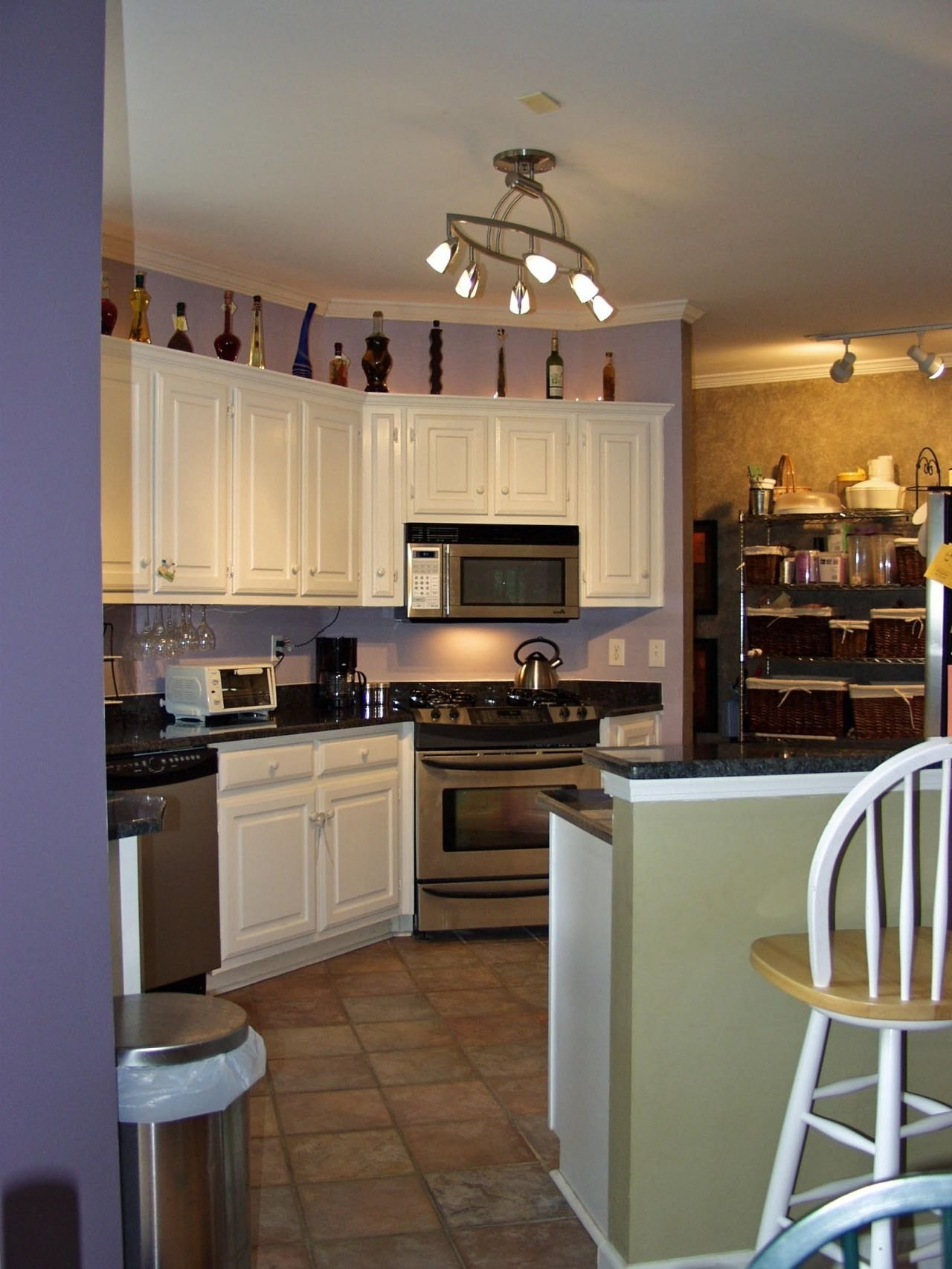 kitchen light fixtures for small kitchens - illuminating the kitchen