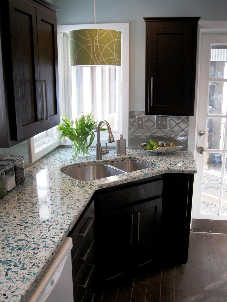 10 Fantastic Kitchen Makeover Ideas On A Budget %name 2020