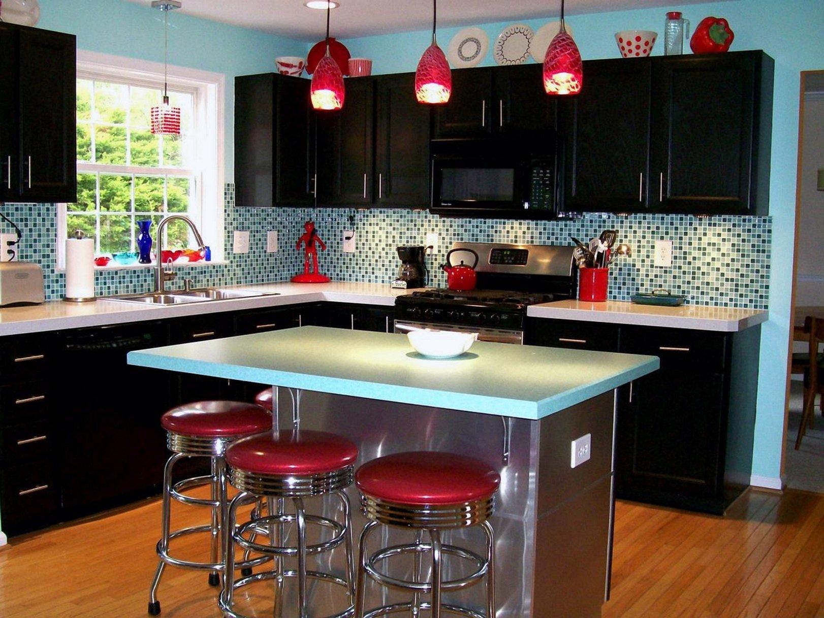 10 Pretty Kitchen Paint Ideas With Dark Cabinets kitchen paint colors with dark cabinets 2020