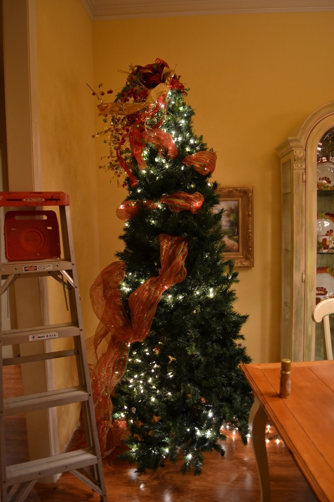 10 Fabulous Decorating With Mesh Ribbon Ideas kristens creations decorating a christmas tree with mesh ribbon 2021