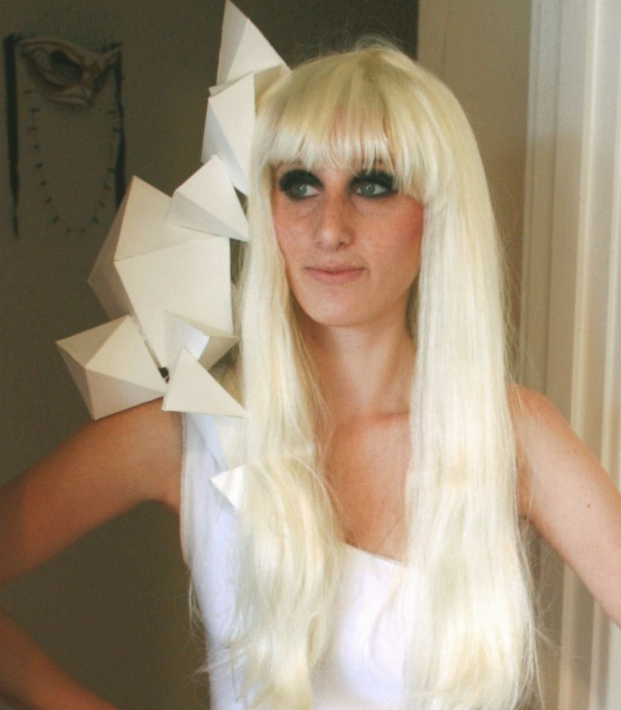 10 Stunning Lady Gaga Halloween Costume Ideas lady gaga shoulder sculpture costume 2020