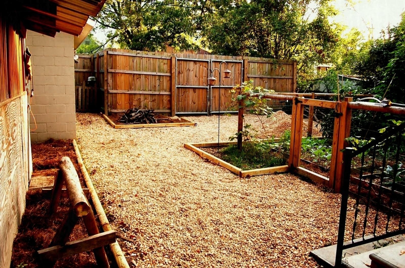 10 Trendy Cheap Landscaping Ideas For Backyard landscape cheap backyard landscaping ideas design and intended for 2020