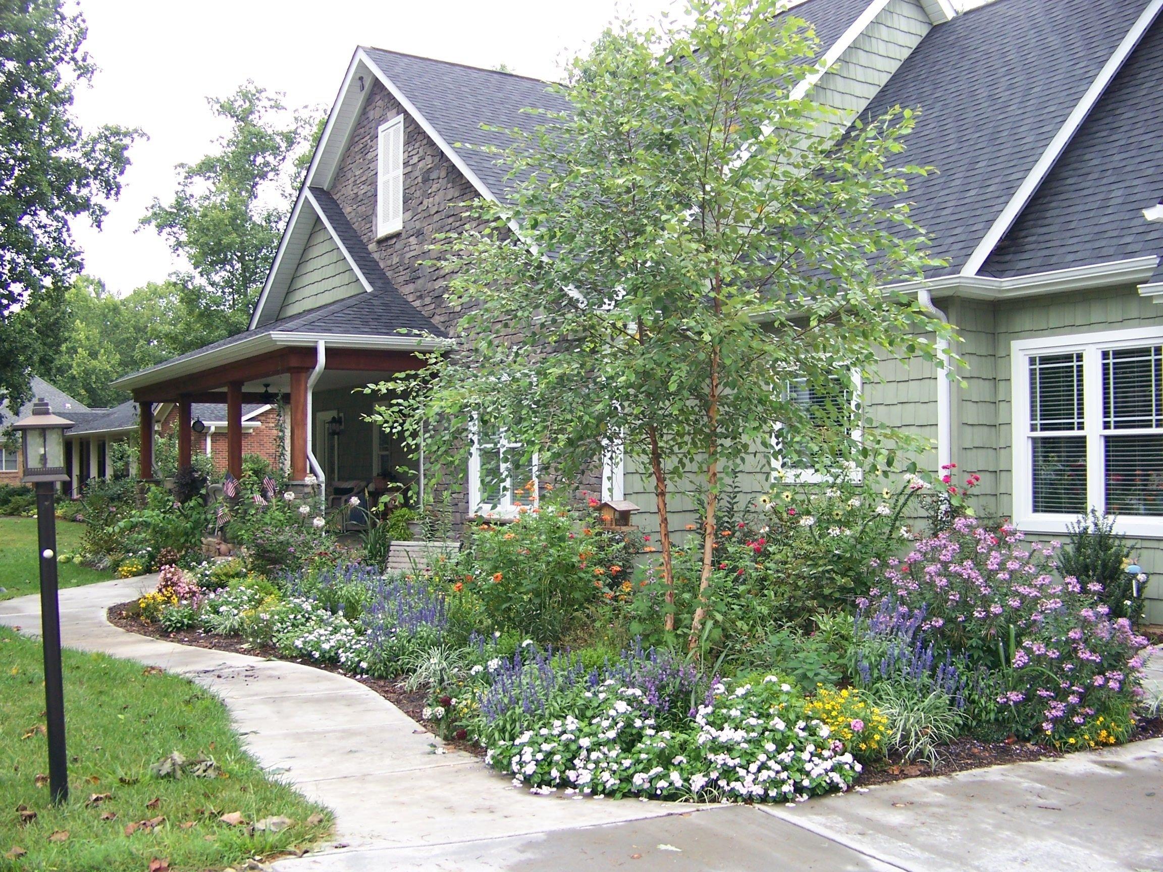 10 Fantastic Cottage Landscaping Ideas For Front Yard landscape ideas landscape design forum gardenweb heritage river