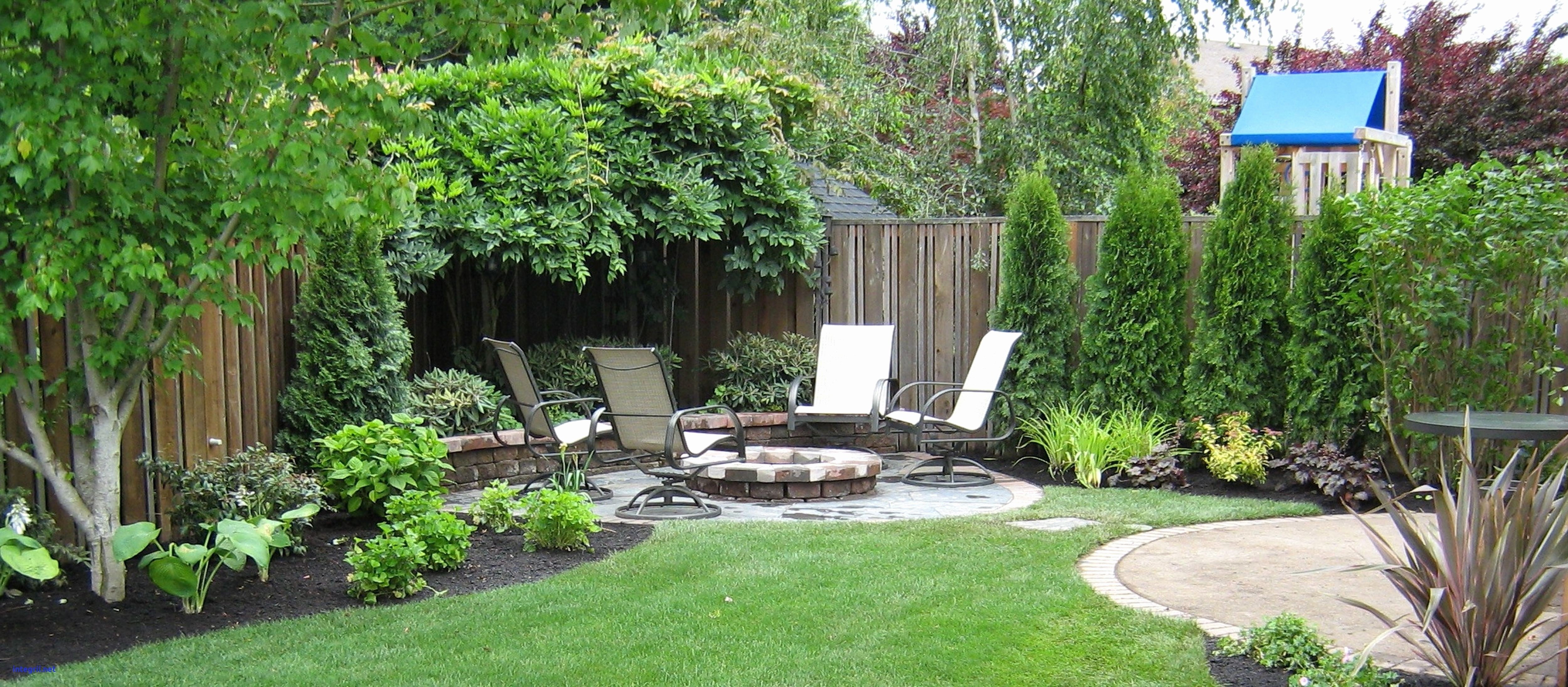 10 Stylish Landscape Ideas For Small Yards landscaping for small backyards luxury small yard landscaping ideas