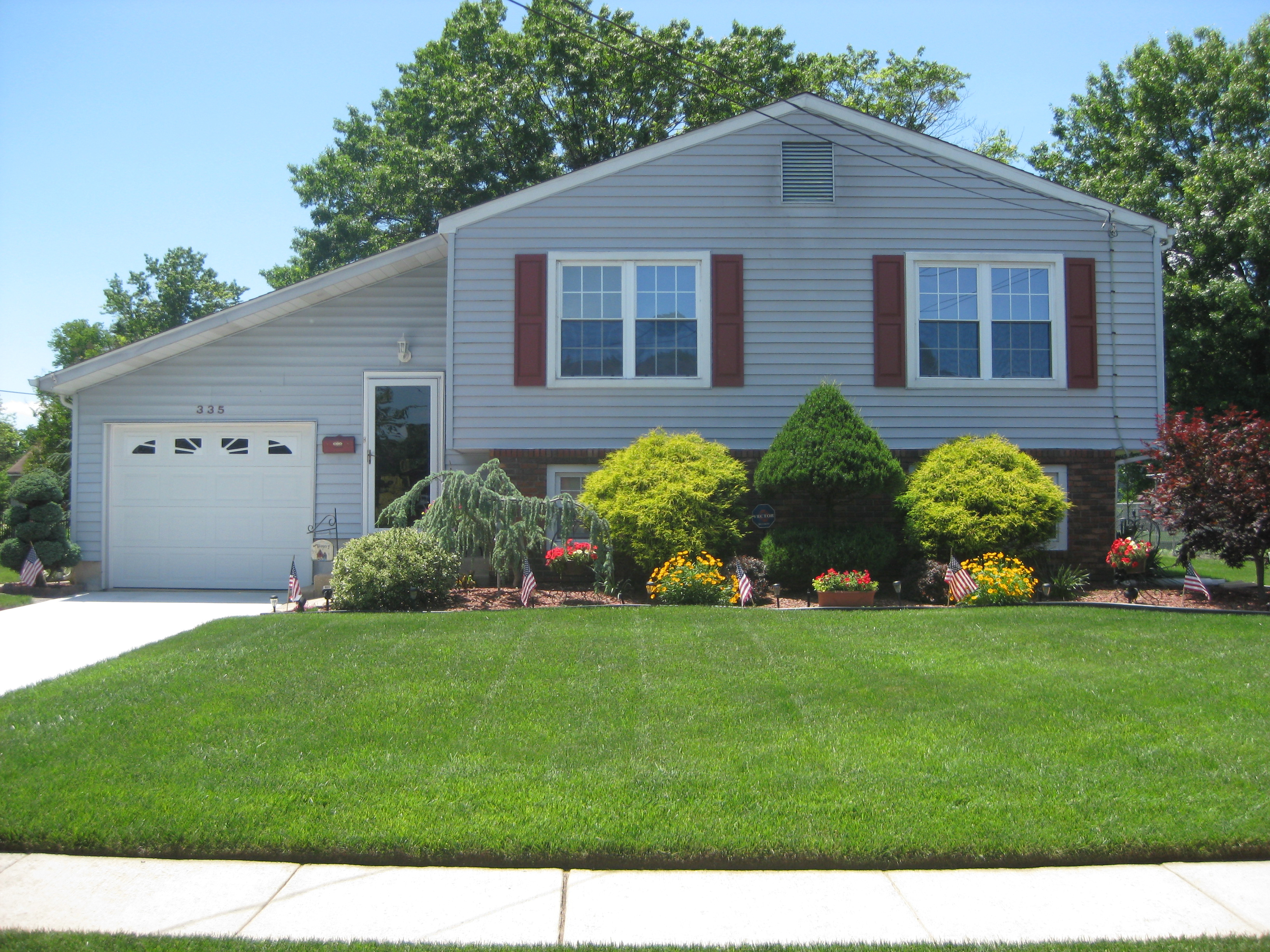 landscaping split level homes @ac46 – roccommunity