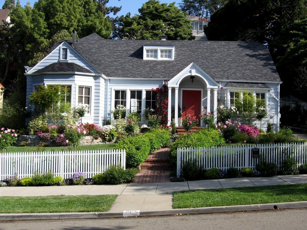 10 Fantastic Cottage Landscaping Ideas For Front Yard %name