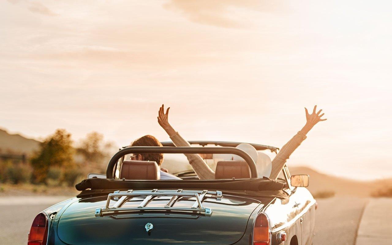 10 Gorgeous Last Minute Weekend Getaway Ideas last minute ideas for the long weekend via travel blog 2021