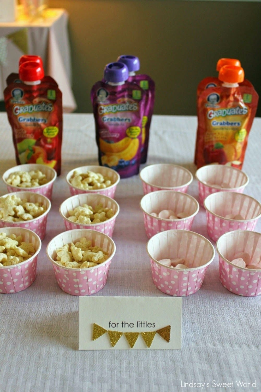 lindsay's sweet world: pink and gold first birthday party - food