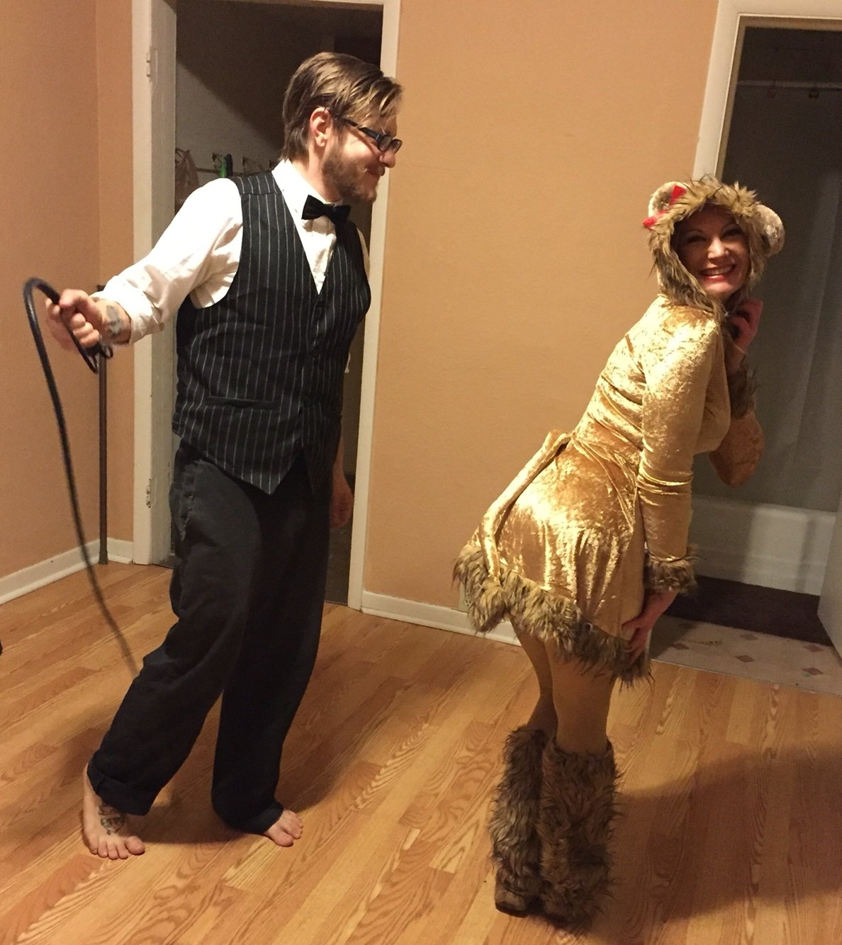 10 Nice Cute Couple Ideas For Halloween lioness and lion tamer couples halloween costume so cute and easy