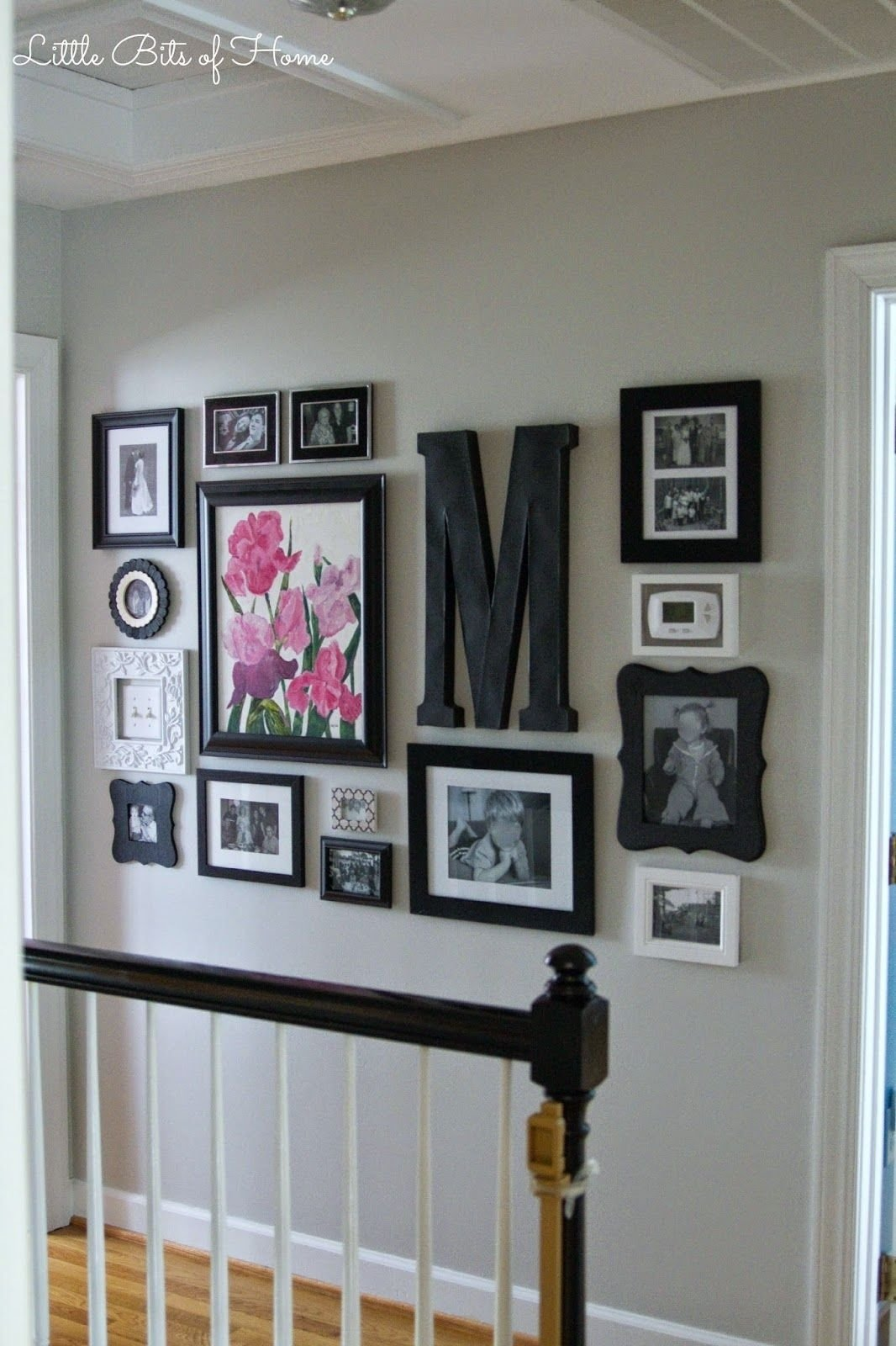 little bits of home: hallway gallery wall | gallery walls