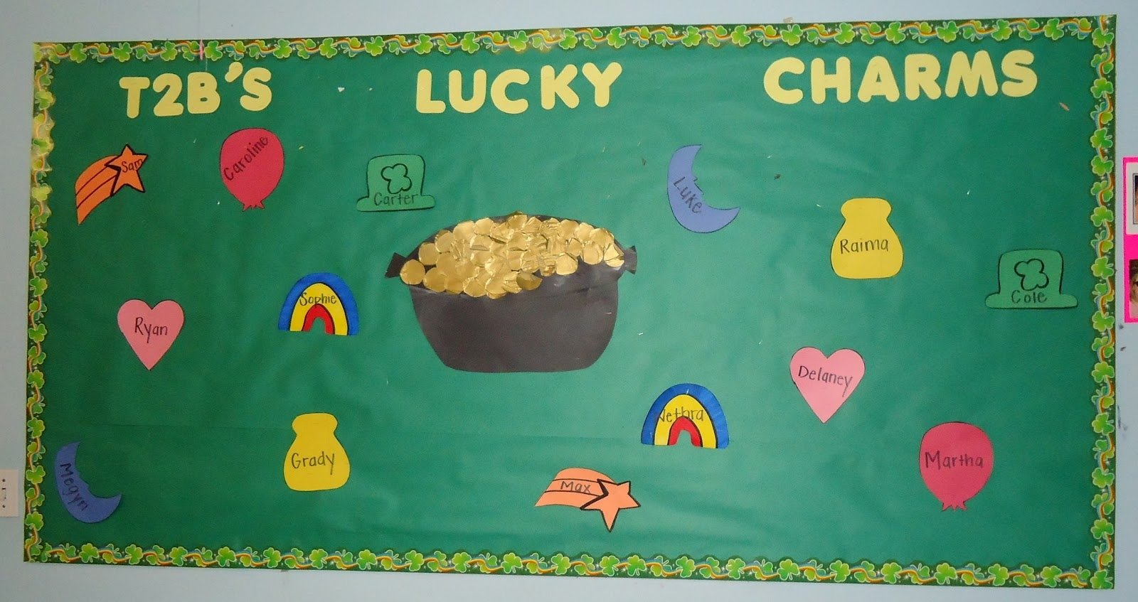 10 Amazing St Patrick Day Bulletin Board Ideas little illuminations st patricks day bulletin boards 2